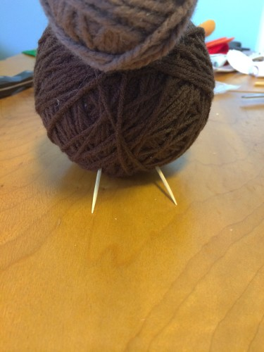 Yarn ball turkey craft