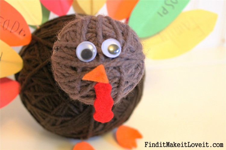 Adorable yarn ball turkey craft