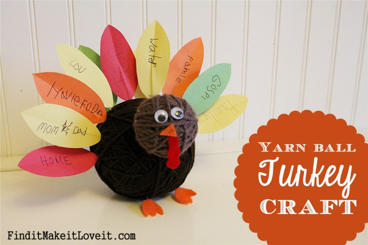 Adorable yarn ball turkey craft with paper feathers to write things we're thankful for.
