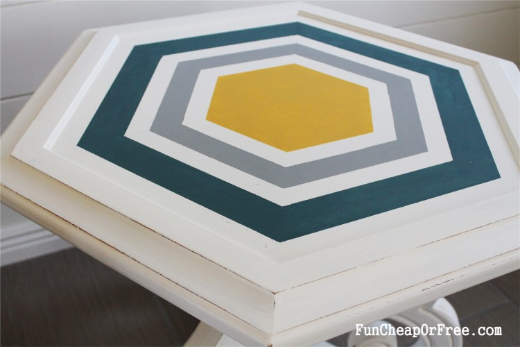 DIY Chalk paint-Hexagon table (2)