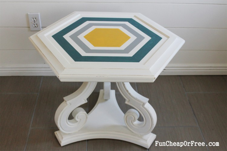 DIY Chalk paint-Hexagon table (3)