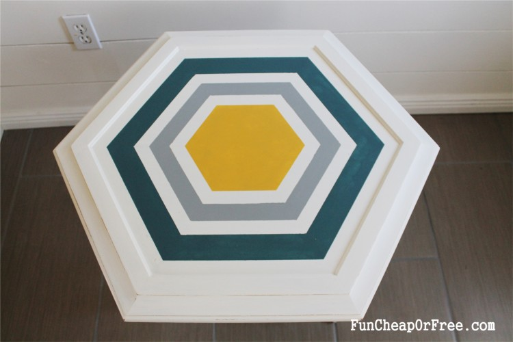 DIY Chalk paint-Hexagon table (4)