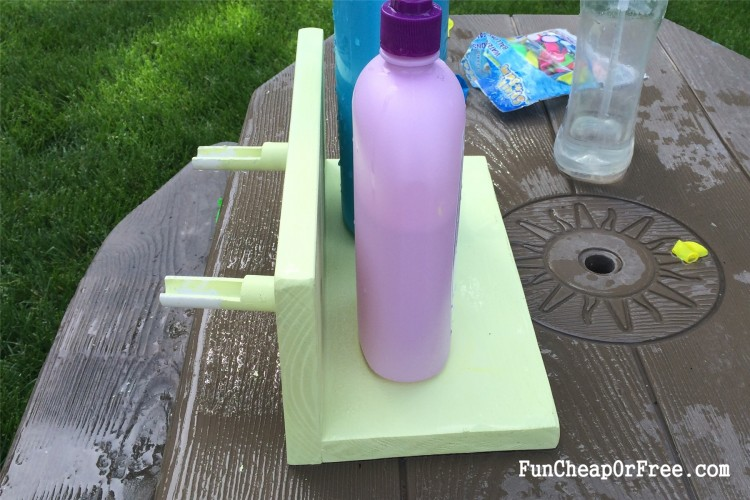 DIY Water Balloon Station (10)