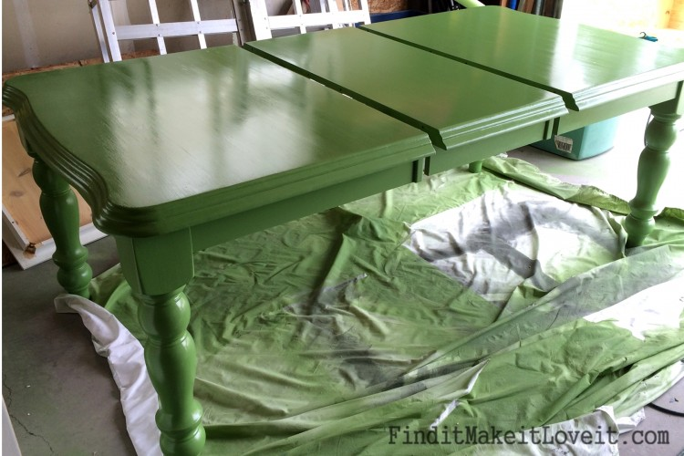 glossy dining table (1)