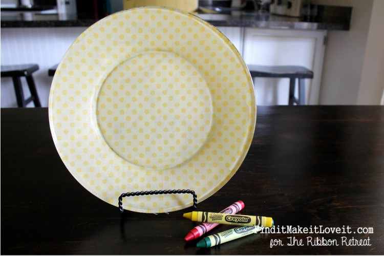 Fabric covered glass plate (12)