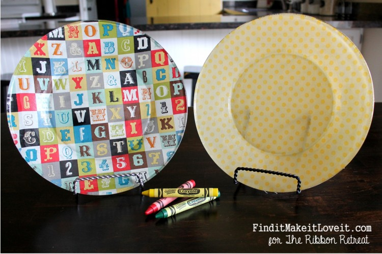 Fabric covered glass plate (13)