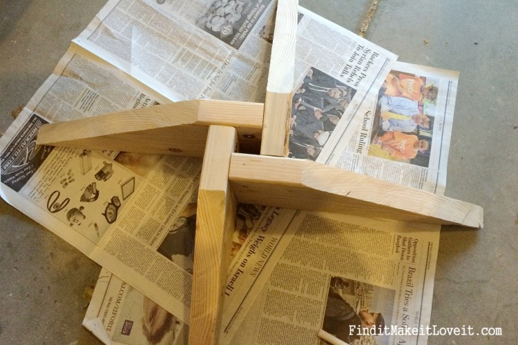 DIY Rustic tree star and tree stand (4)