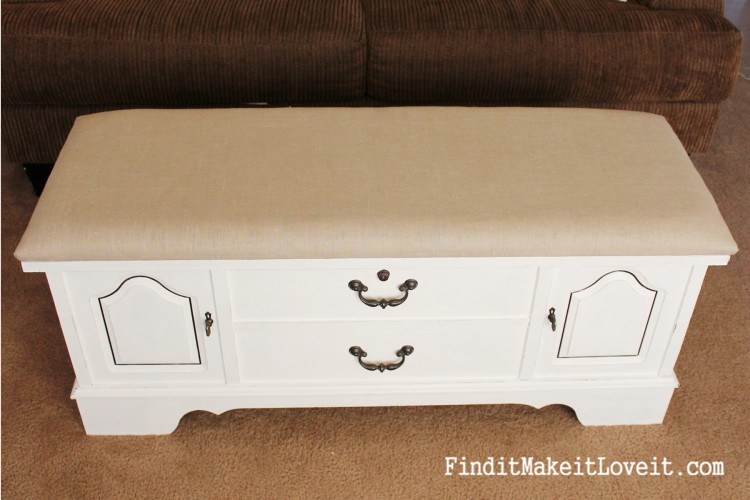 how to paint and reupholster a cedar chest (5)