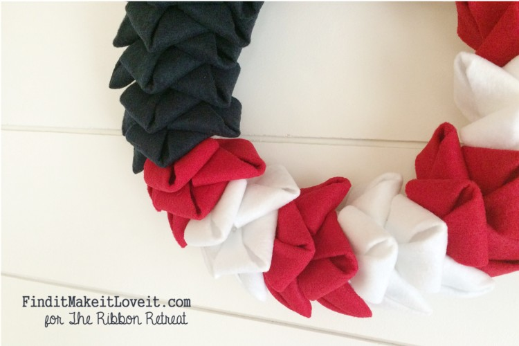 patriotic felt petal wreath (4)