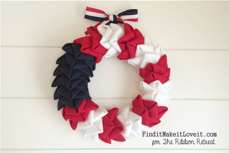 patriotic felt petal wreath (6)