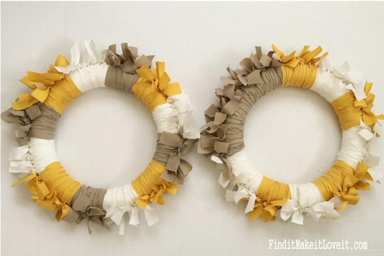 Fabric Rag Wreath (4)