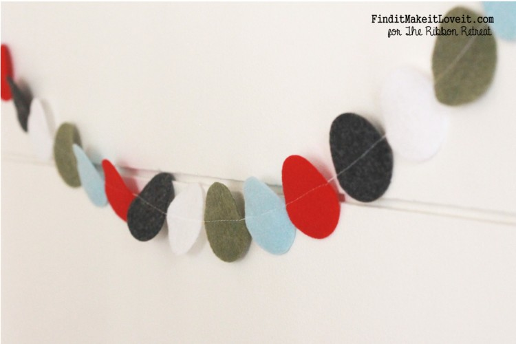 Felt Circle Banner- so easy and cute