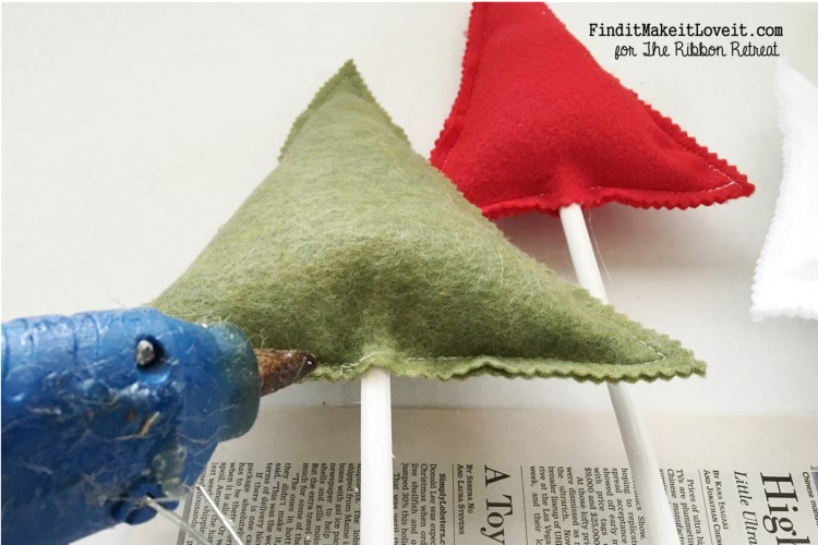 Felt Trees and Banner (9)