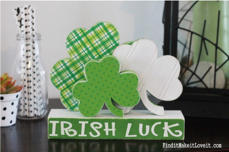 St. Patrick's Day craft. Adorable paper and a bead board overlay make these shamrocks extra cute.