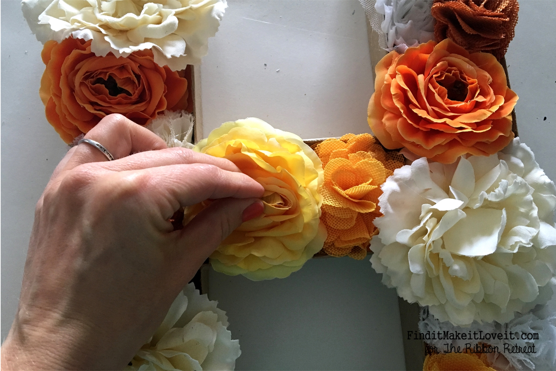 DIY Flower Monogram (11)
