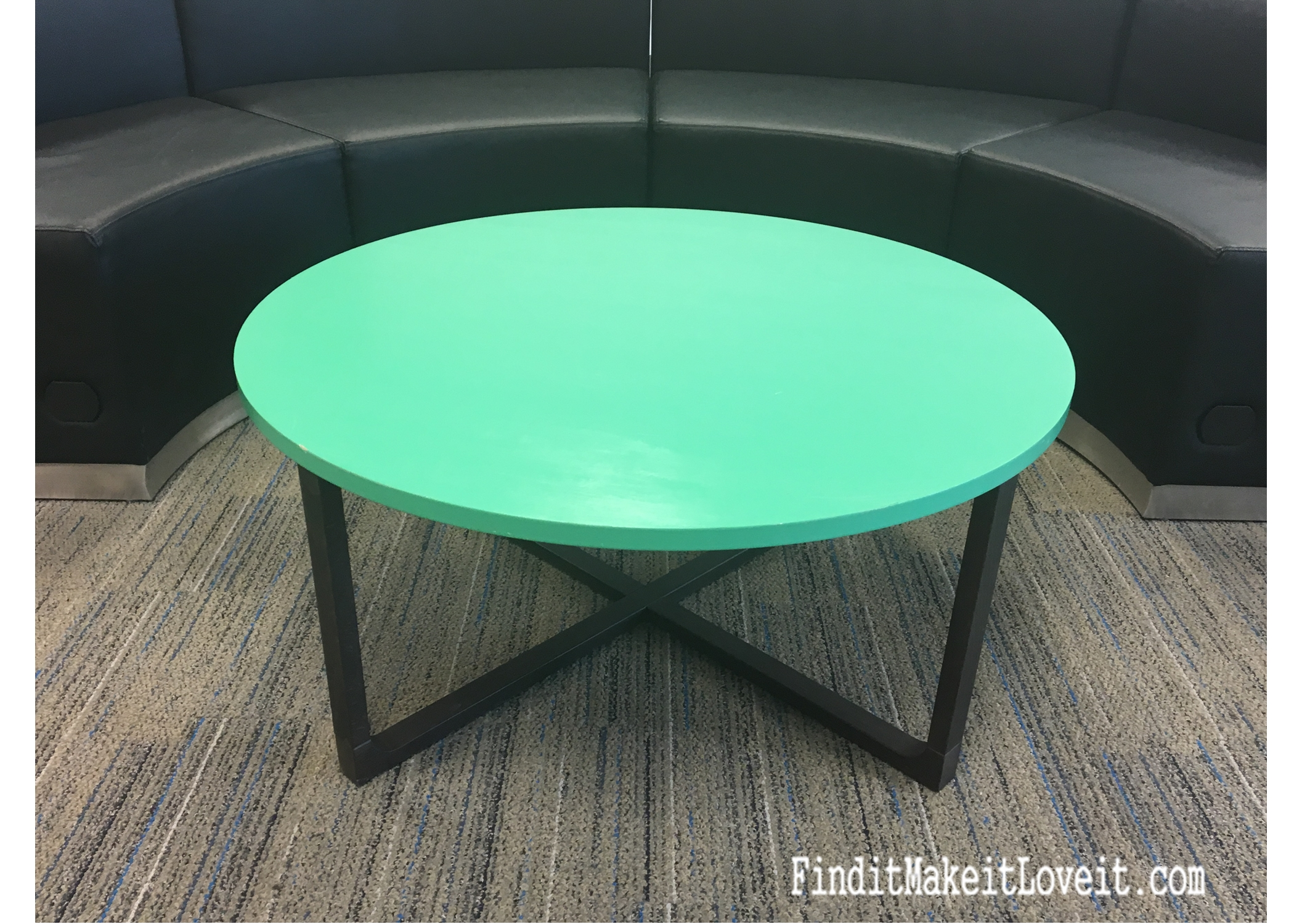 mint-coffee-table-prime-paint-seal