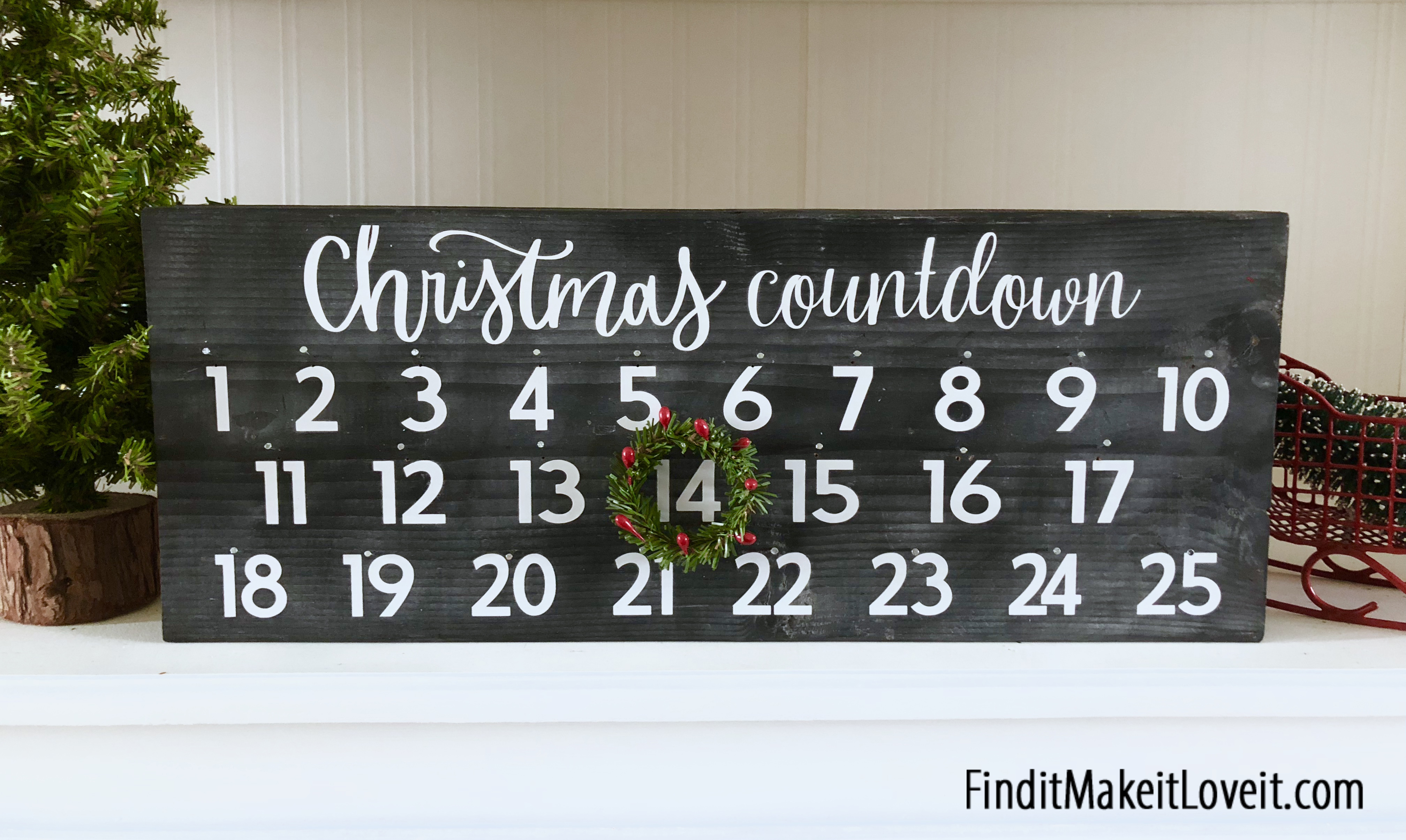 Christmas Countdown with Mini Wreath
